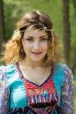 Młody żeński szaman w drewnach Obrazy Stock
