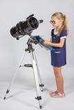 Młody astronom z szkłami pisze obserwacjach Zdjęcia Stock