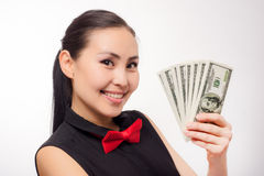 Młody azjatykci bizneswoman z pieniądze Zdjęcie Stock