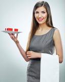 Młody biznesowej kobiety odosobniony portret pojęcia prowadzenia domu posiadanie klucza złoty sięgający niebo Fotografia Stock