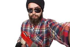 Młody brodaty lumberjack robi selfie obrazy royalty free