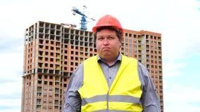 Młody budowniczy mówić nie Trząść jego głowę Pracownik mówić nie, znaczyć Żadny budowa ustanowione cegie? na zewn?trz miejsca zbiory