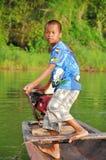 młody chłopiec działanie Obraz Stock