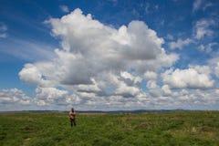 Młody człowiek przy stepem, Kazachstan Fotografia Royalty Free