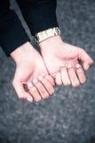 Młody człowiek ręki Fotografia Royalty Free
