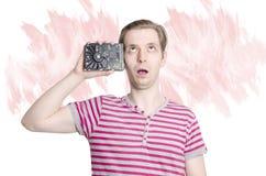 Młody dorosły robiący pranie mózgu pojęcie zdjęcia royalty free