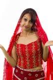 Młody Indiański kobiety wzruszać ramionami Obraz Royalty Free