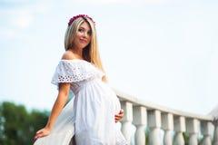 Młody kobieta w ciąży Fotografia Stock