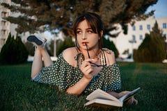 Młody Lolita Piękna lato dziewczyna fotografia royalty free