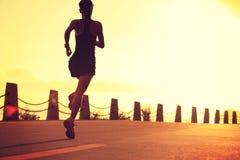 Młody sprawności fizycznej kobiety bieg Zdjęcie Stock