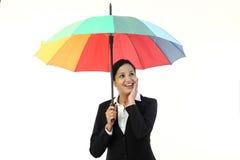 Młody szczęśliwy bizneswoman trzyma parasol Zdjęcie Royalty Free