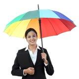 Młody szczęśliwy bizneswoman trzyma parasol Obrazy Royalty Free