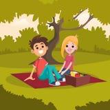 Młody szczęśliwy pary obsiadanie na pyknicznej koc w parku Romantyczna data na naturze Odpoczynek w na wolnym powietrzu Kreskówek ilustracja wektor