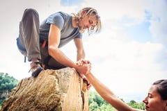 Młodych arywistów Rockowy pięcie Zdjęcie Royalty Free