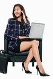 młodzi bizneswomanów azjatykci atrakcyjni trzydzieści Obrazy Stock