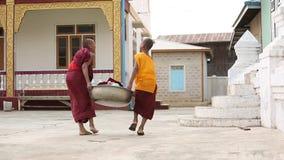 Młodzi buddyzmów nowicjuszi zbiory