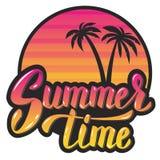 młodzi dorośli Wieczór drzewka palmowe i słońce Ręki literowania zwrot d Obrazy Royalty Free