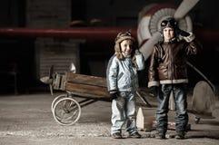 Młodzi lotnicy obrazy stock