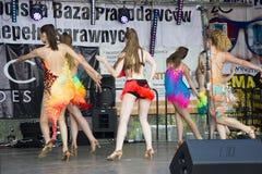 Młodzi piękni tancerze Zdjęcia Royalty Free