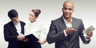 Młodzi pomyślni ludzie biznesu Fotografia Stock