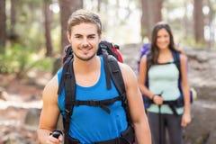 Młodzi szczęśliwi joggers patrzeje kamerę Fotografia Royalty Free