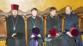 Młodzi Ukraińscy księża przy festiwalem Ortodoksalna muzyka w Pomorie, Bułgaria zdjęcie stock