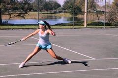 Młodzieżowych dziewczyn Tenisowy turniej Obrazy Royalty Free