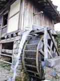 młyński stary wodny koło zdjęcia stock