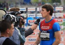 110 m的谢尔盖Shubenkov优胜者 障碍 免版税库存照片