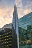 306m角度是楼房建筑铕hdr地标伦敦新的scrapper碎片射击天空细微的最高的下面宽意志 现代大厦-伦敦 图库摄影