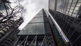 306m角度是楼房建筑铕hdr地标伦敦新的scrapper碎片射击天空细微的最高的下面宽意志 库存照片