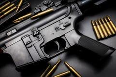 M4A1在黑背景的攻击步枪 免版税库存照片
