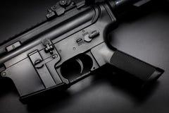 M4A1在黑背景的攻击步枪 图库摄影