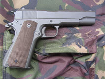 军用枪m1911 免版税库存图片