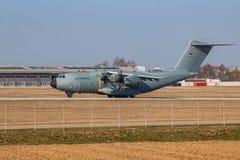Воинский аэробус самолета груза (A-400M) - атлас Стоковое фото RF
