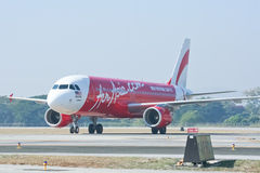 9M-AHC Airbus A320-200 d'Air Asia Images stock