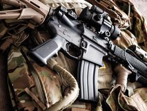 M4A1 AR-15 carbine και πυρομαχικά Στοκ εικόνες με δικαίωμα ελεύθερης χρήσης