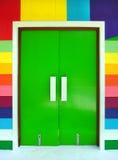 mångfärgad dörr Arkivfoto