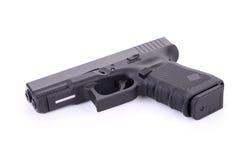 9 m automático pistola de la arma de mano de m aislada en blanco Imagen de archivo libre de regalías