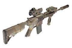 M4 avec les forces spéciales de dispositif antiparasite fusillent d'isolement sur un fond blanc Photo stock