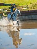 M. Brightside d'équitation de Movern Griffiths chez Burgie photo stock