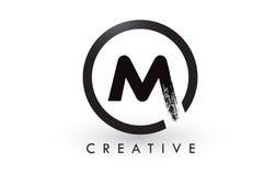 M Brush Letter Logo Design Logo balayé créatif d'icône de lettres Photo stock
