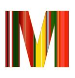 M-Buchstabe in den bunten Linien auf weißem Hintergrund Stockfoto