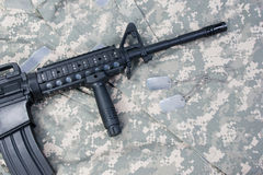 M4 carbine with blank dog tags Stock Images