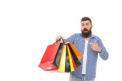 M??czyzny chwyta szcz??liwe konsumpcyjne torby na zakupy Zakup i bubel Ochrona konsument?w prawa zapewniaj? dobra Uczciwy handel  zdjęcie stock