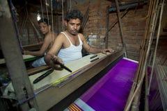 M.D. Joshim 30 jaar een arbeider van Benarashi Palli Stock Afbeeldingen