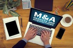 M&A (FUSIONEN UND ERWERB) stockbild