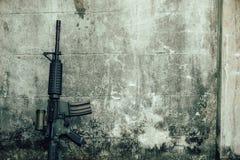 M-16 het kanon van het aanvalsgeweer Royalty-vrije Stock Foto's