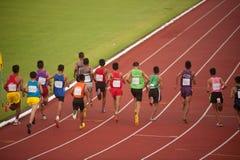 1,500 m.in het Open Atletische Kampioenschap 2013 van Thailand. Stock Foto