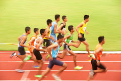 1,500 m.in het Open Atletische Kampioenschap 2013 van Thailand. Stock Afbeeldingen